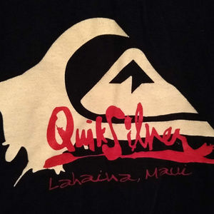 Quiksilver Shirts - 🌻 Quicksilver short sleeve T-Shirt